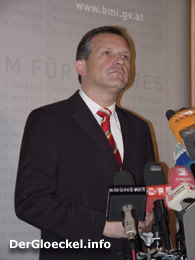 Präsident Dr. Ernst STRASSER (ÖVP) - HILFSWERK NÖ